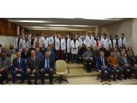 HRÜ'de veteriner adayları beyaz önlük giydi