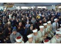 Erzincan'da ki 61 öğrenci hafızlık icazet belgelerini Başkan Erbaş'dan aldı