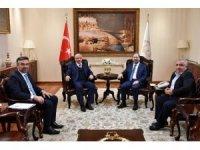 Rektör Durmuş'tan Diyanet İşleri Başkanı Erbaş'a ziyaret
