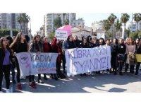 Öğrencileri Kübra öğretmen cinayetini protesto etti