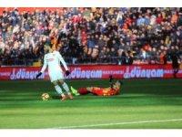 Spor Toto Süper Lig: İM Kayserispor: 1 - Göztepe: 0 (İlk yarı)