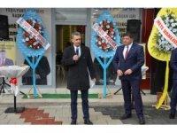 İYİ Partili Parlak seçim bürosu açtı