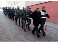 FETÖ operasyonunda gözaltına alınan 26 kişiden 13'ü adliyeye sevk edildi