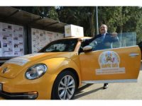 Bakan Varank, 'kampüs taksi' şoförü oldu