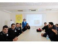 DÜ'de diksiyon ve etkili konuşma semineri