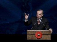 Erdoğan: Anacığımın ayağının altını öperdim, çekerdi