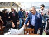 Dışişleri Bakanı Çavuşoğlu, Bodrum'da karşılaştığı Japon turistle ana dili gibi Japonca konuştu