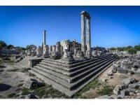 2600 yıllık Apollon tüm heybetiyle yıllara meydan okuyor