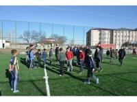 Öğrencilerin istediği spor sahası tamamlandı