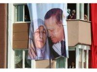 """Cumhurbaşkanı Erdoğan: """"En ücra köşelerdeki mahalledeki marketlere varıncaya kadar onlarla bu satışları yapacağız"""" (1)"""