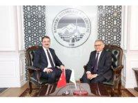 Gençlik ve Spor Bakan Yardımcısı Sinan Aksu'dan Başkan Büyükkılıç'a ziyaret