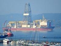Türkiye'nin ikinci sondaj gemisi Çanakkale Boğazı'ndan geçti