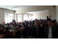Çaycuma'da Asım Gültekin konferans verdi