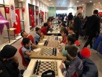 Satranç turnuvasında 985 sporcu yarıştı