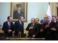 AK Parti'nin TBMM Başkan Adayı Şentop başvurusunu yaptı