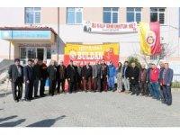'Ultraslan' Buldan'da okula kütüphane kurdu