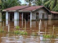 Endonezya'da sel felaketinde 70 kişi hayatını kaybetti