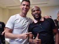 Ronaldo saç ekim işine girdi!