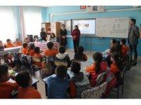 Büyükşehirden gençlere çevre temizliği eğitimi