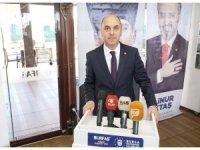 Büyükşehir'in parke taşlarının CHP'li belediye başkanının kardeşlerinin arazisine döküldüğü iddiası