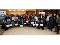 GAÜN'nün uluslararası öğrencilere sertifika
