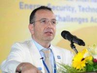 """Prof. Dr. Gürkan Kumbaroğlu: """"Nazarbayev'in istifasının arkasında petrol var"""""""