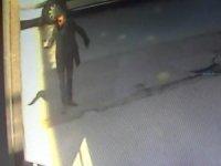 Sokak ortasında silahla yaralama kameraya böyle yansıdı