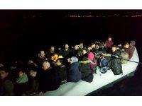 20 kişilik lastik botta 60 kişi ile ölümüne yolculuk