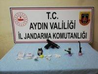 Aydın jandarmasından iki ilçede uyuşturucu tacirlerine operasyon; 8 gözaltı