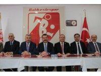 Başkan adayından Balıkesirspor'a ziyaret
