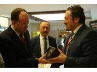 Avrasya Üniversitesi'ne Ankara'da büyük ilgi