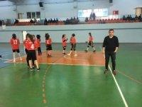 Yemliha Şehit Yunus Uygun Ortaokulu Henbol'da Şampiyon Oldu
