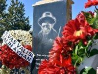 Halk ozanı Aşık Veysel mezarı başında anıldı!