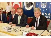 Alinur Aktaş'tan Mustafa Bozbey'e vakıf ve proje eleştiri