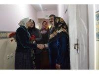 Ak Parti Milletvekili Taşkesenlioğlu yaşlıları ziyaret etti