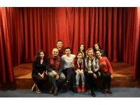Sahne Tozu Tiyatrosu, diksiyon ve etkili konuşma derslerine hazır