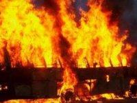 Çin'de yolcu otobüsü yandı: 26 ölü, 28 yaralı