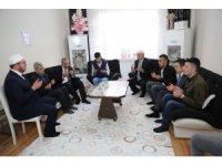 Vali, Şehit Yaşar Çakır'ın ailesini ziyaret etti