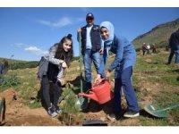 Kahramanmaraş'ta 5 bin fidan toprakla buluştu
