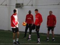 """Hikmet Karaman: """"Sivasspor maçına kadar hem fiziksel hem de taktiksel anlamda hazırlıklı bir takım çıkaracağız"""""""