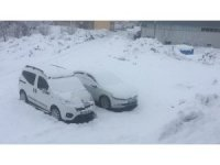 Bahar geldi derken Karlıova güne karla uyandı