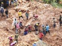 Tropikal fırtına felaketi: ölü sayısı 700'ü geçti