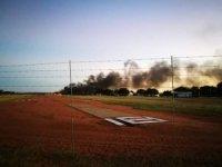 İnanılmaz olay: Eşine öfkelendi, uçağıyla binaya çarptı