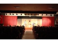 'Hiç Kimsenin Öyküsü' adlı tiyatro oyunu Kartal'da sahnelendi