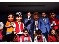 Beyoğlu Belediyesi'nin çocuklar için oluşturduğu Hezarfen karakterinin 4 kitabı tanıtıldı