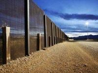 Trump'ın Meksika duvarı için 1 milyar dolarlık fona onay