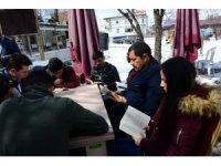 Ardahan'da öğrencilerden kitap okuma etkinliği