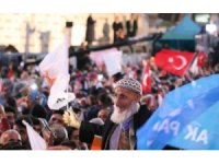 Cumhurbaşkanı Erdoğan: ''Siyaset beyaz kefen giyenlerin işidir''