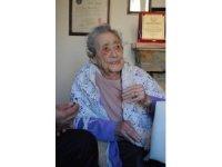 Kıbrıslı ilk Türk başhemşire Türkan Aziz hayatını kaybetti