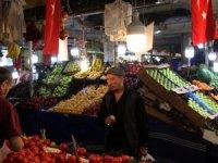 Türk-İş: Mart ayında 4 kişilik ailenin açlık sınırı 2 bin 14 TL